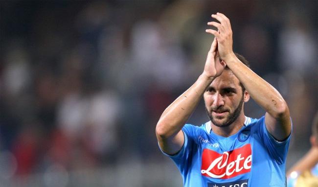 Roma-Napoli: prudenza per Higuain, ma dovrebbe farcela